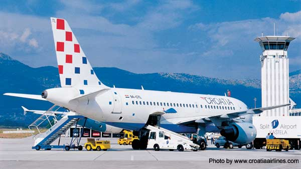 Croatia Airlines airplane