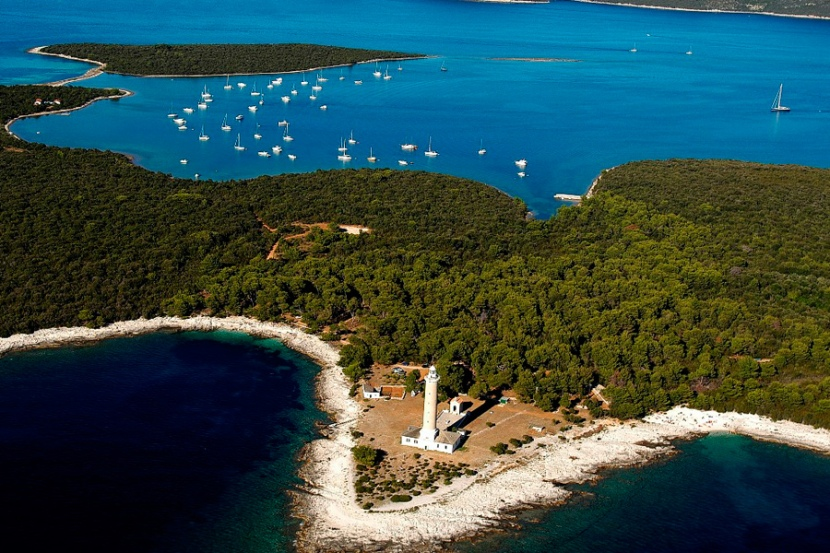 Motor Boat Transfers and Trips from Zadar